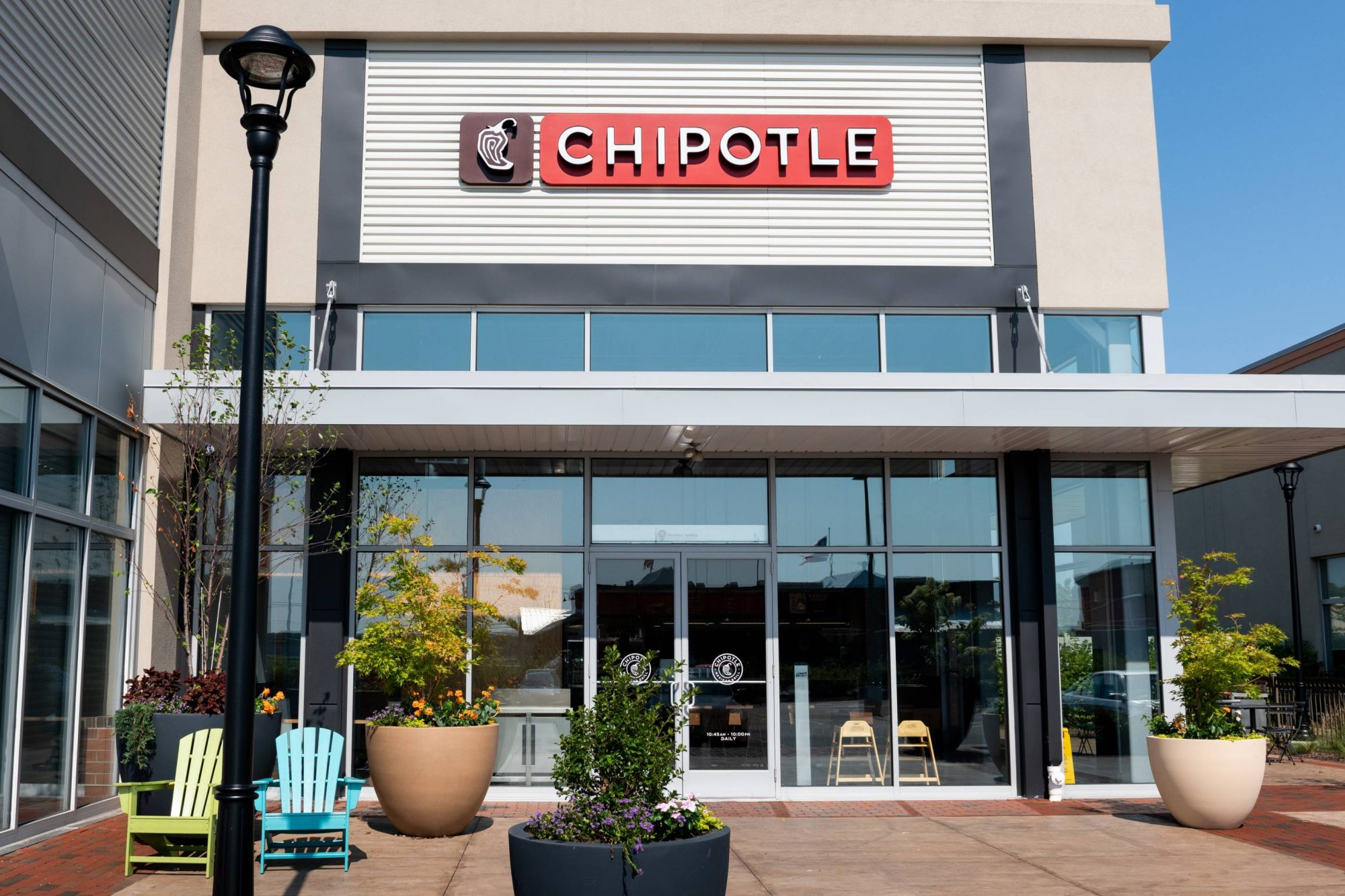 Chipotle Offers 'Lifestyle' Bowls for Keto, Paleo, Whole30, and Double Protein Diets