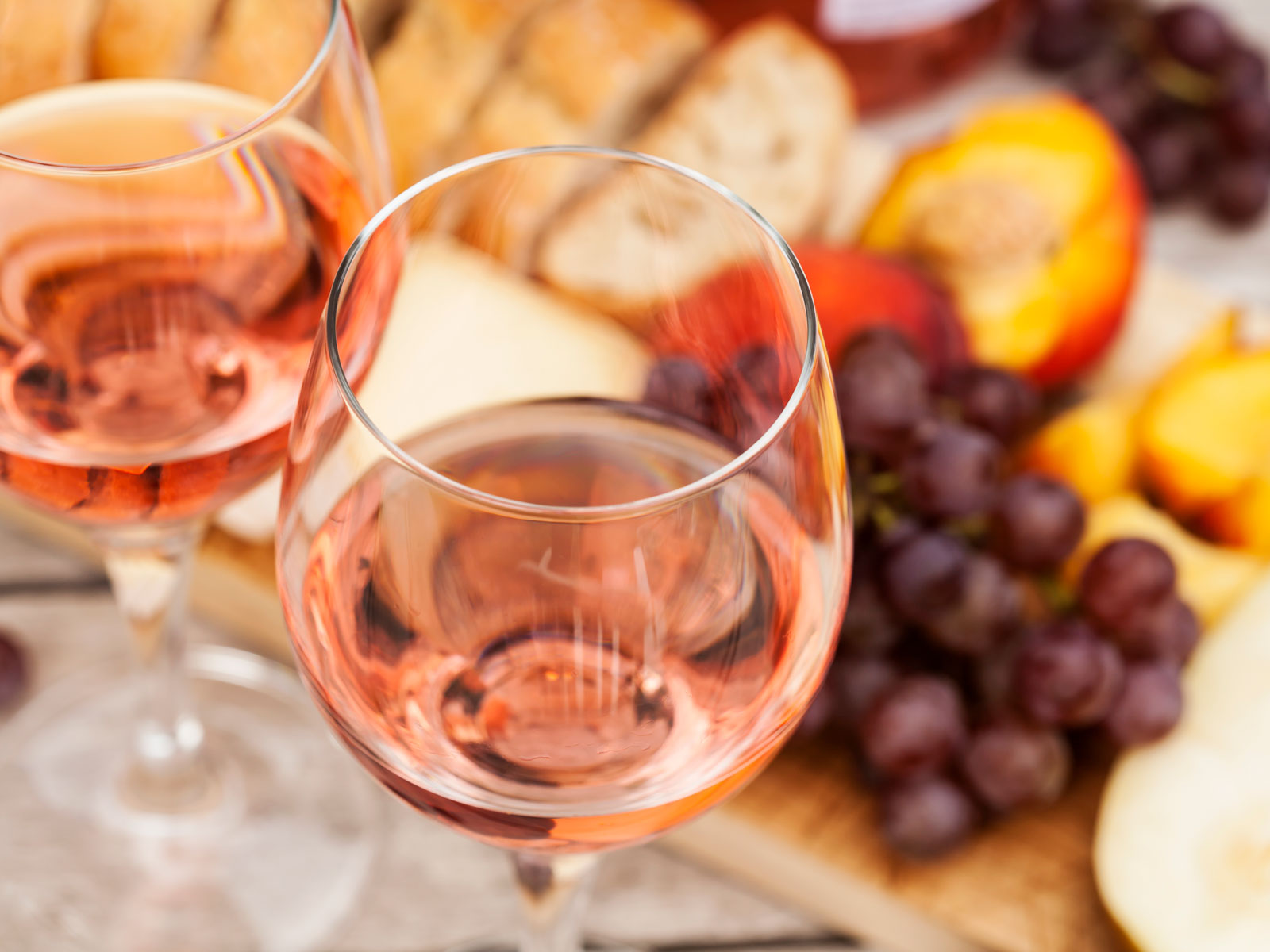 Government Shutdown Spells Delays for New Rosés