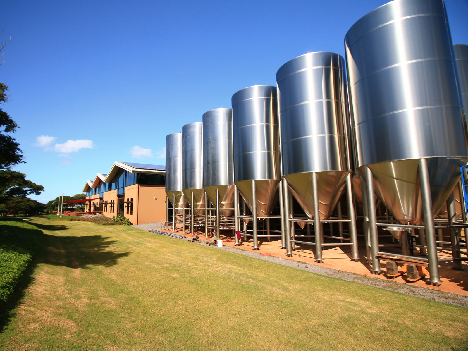 Maui Brewing Plans to Sell 'Grid-Independent' Beer This Year