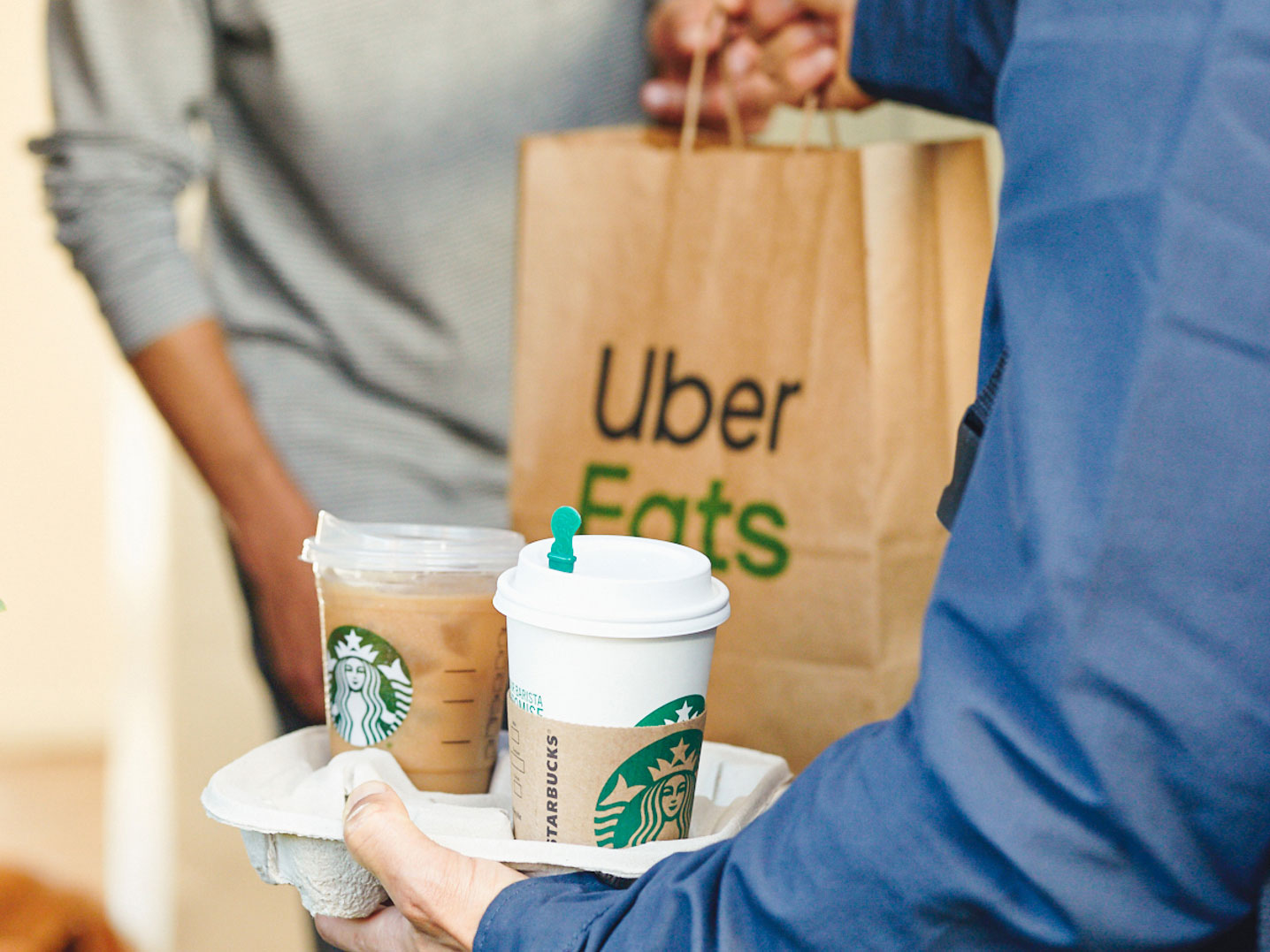 Starbucks Rolls Out Uber Eats Delivery Expansion