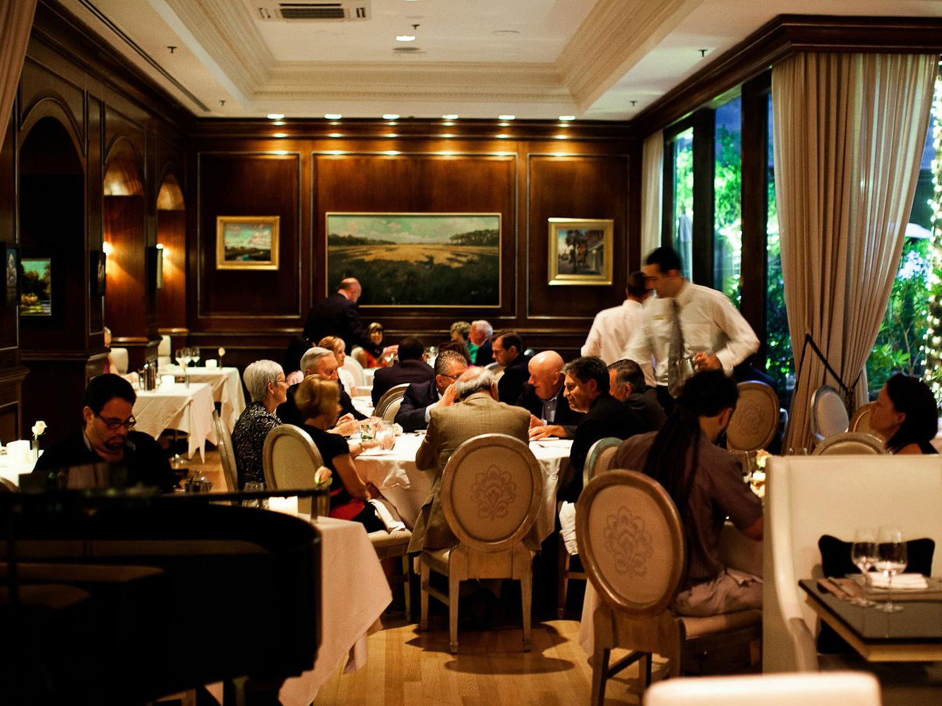 These Are The 25 Most Romantic Restaurants In America