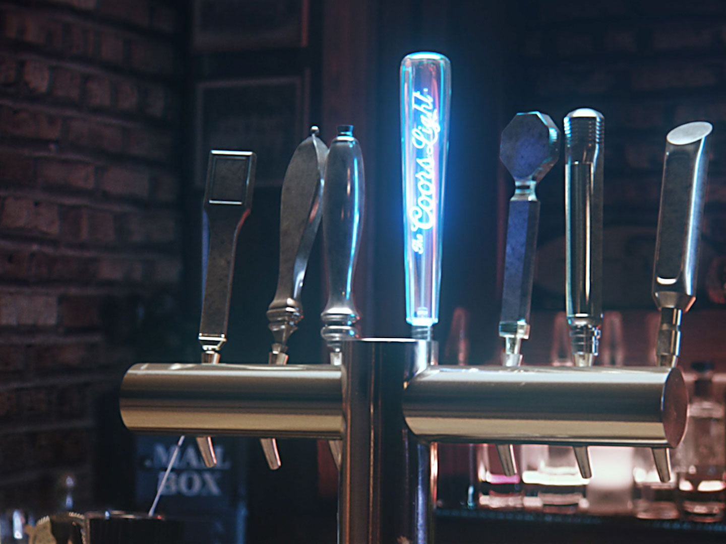 Coors Light Will Give You Free Beer When Bud Light Trolls Them