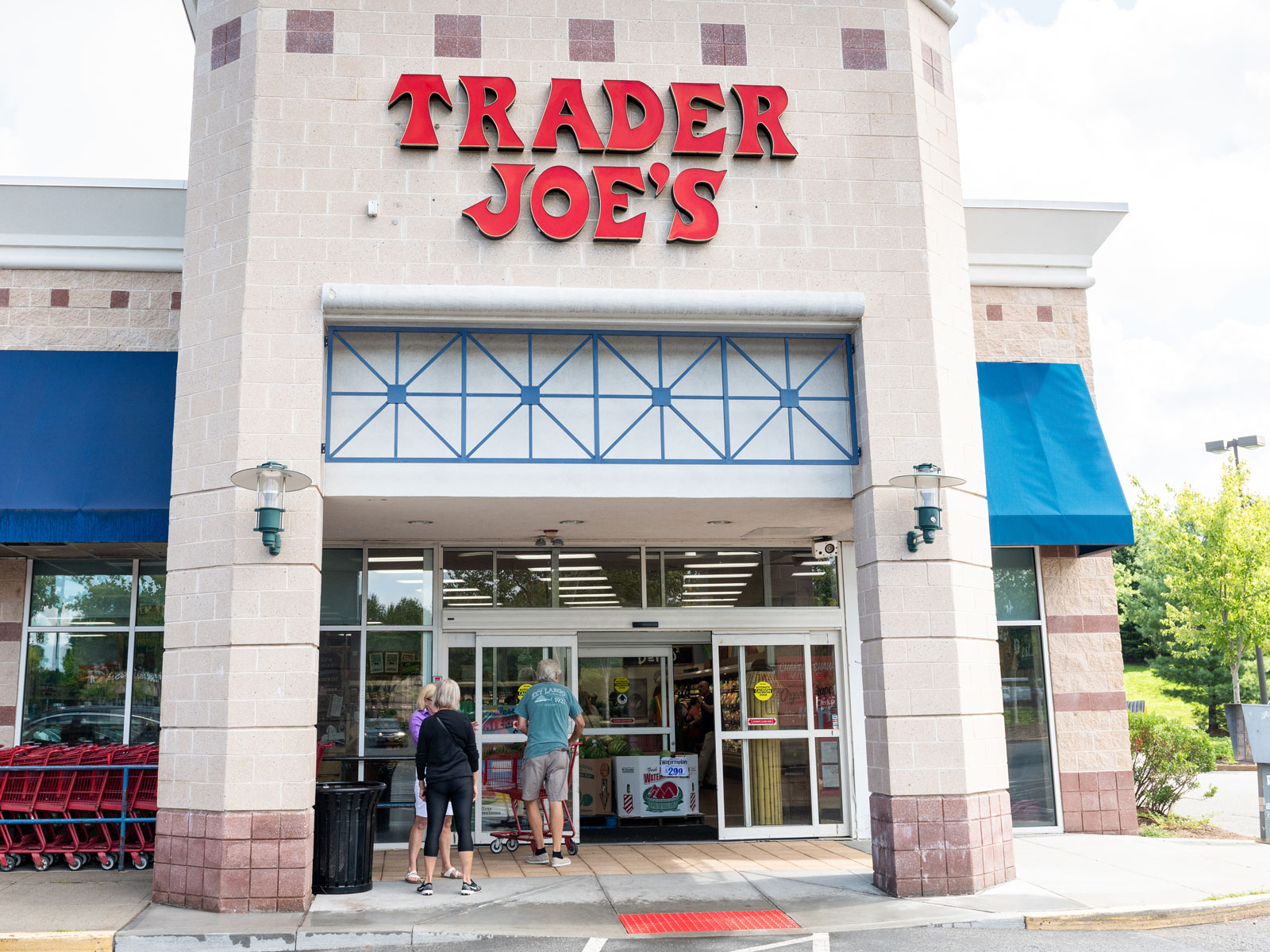 How Trader Joe's Plans to Reduce Plastic Packaging This Year