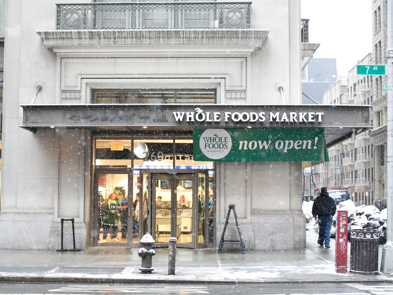 Whole Foods Convenience Store Opens in New York City