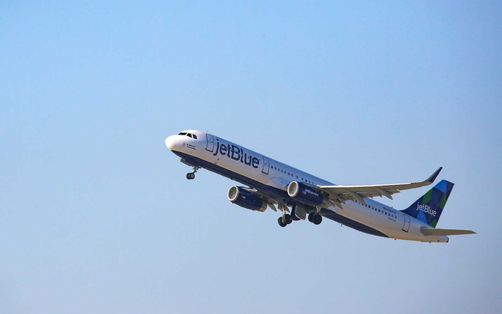JetBlue Is Getting Closer to Offering Flights to Europe