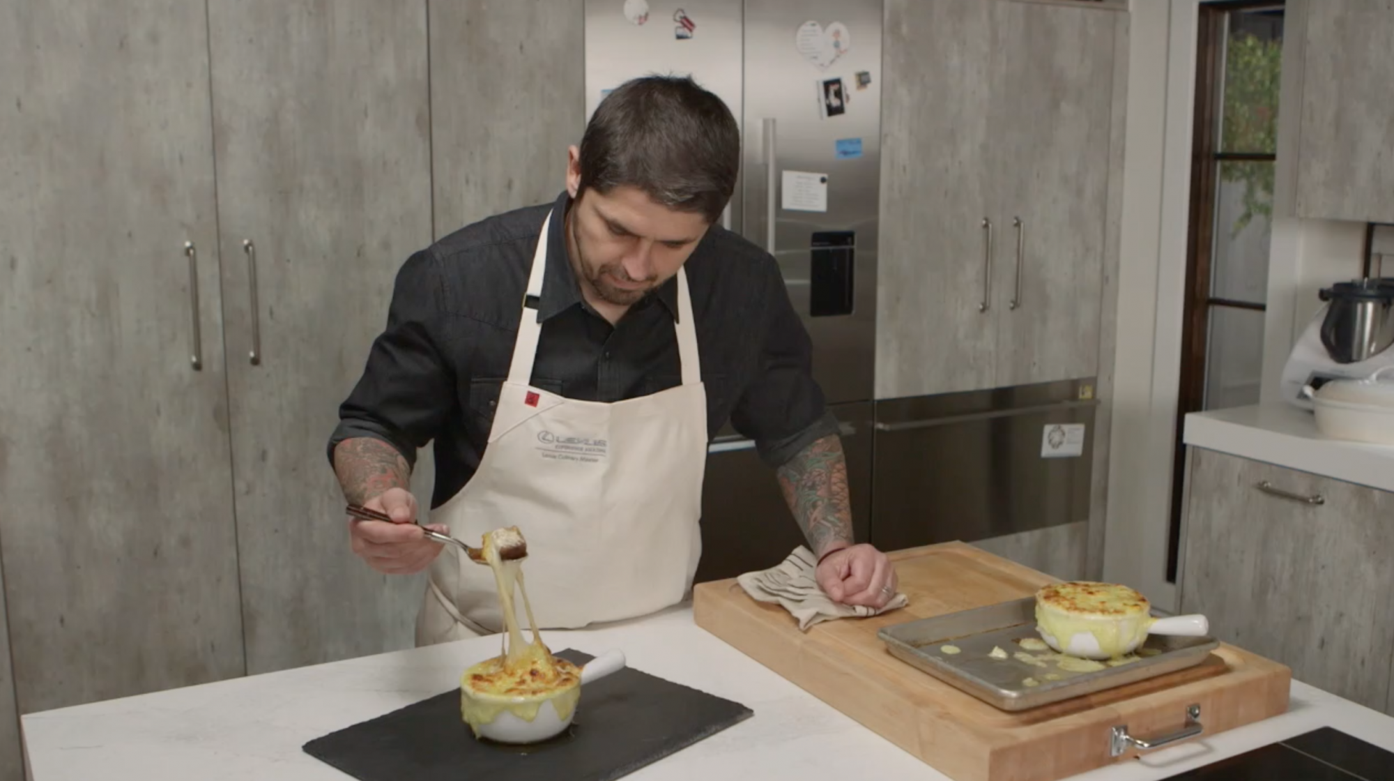 Chef Ludo Lefebvre's French Onion Soup Recipe Is Definitely Worth Memorizing