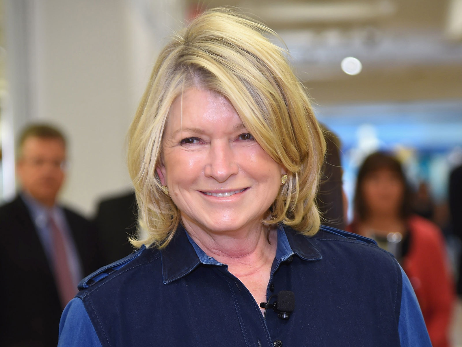 Martha Stewart Calls Out Guys Who Don't Know How to Grill