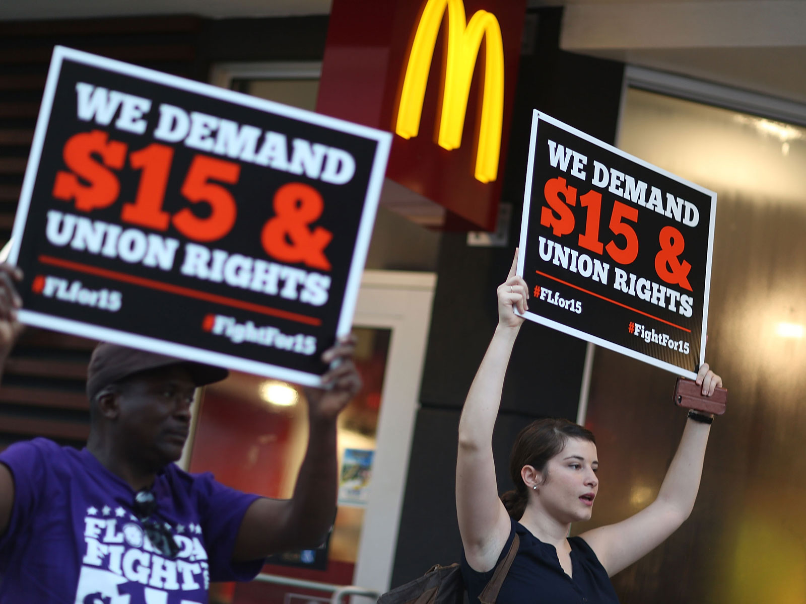 mcdonalds-minumum-wage-FT-BLOG0319.jpg