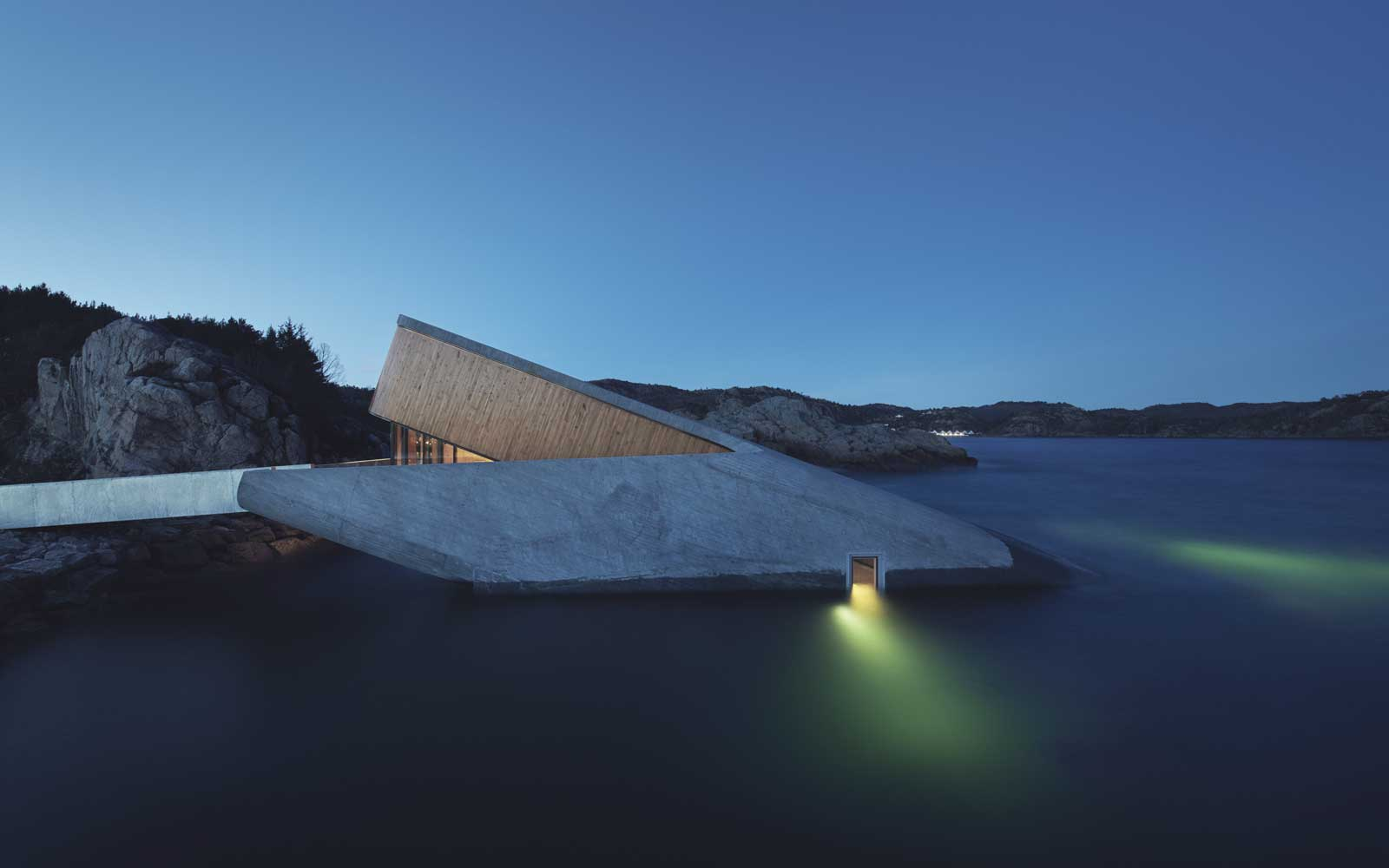 Under, an underwater restaurant in Norway designed by Snøhetta