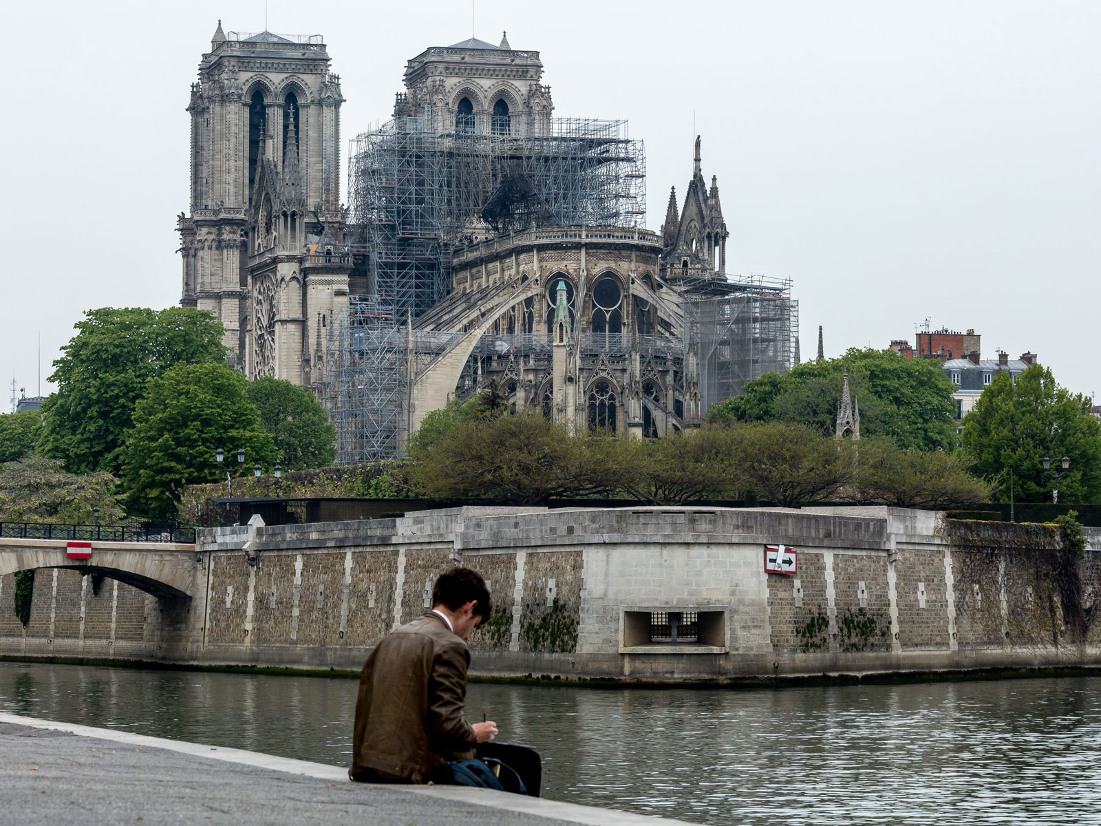 France's Wine Industry Pledges to Help Repair Notre-Dame