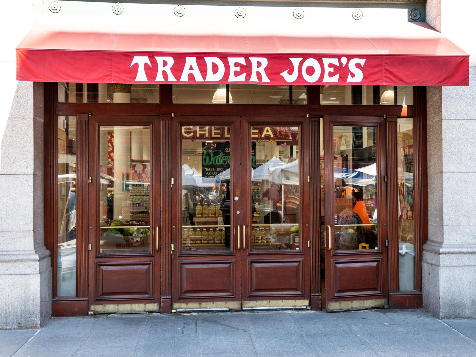 trader-joes-best-employer-FT-BLOG0419.jpg