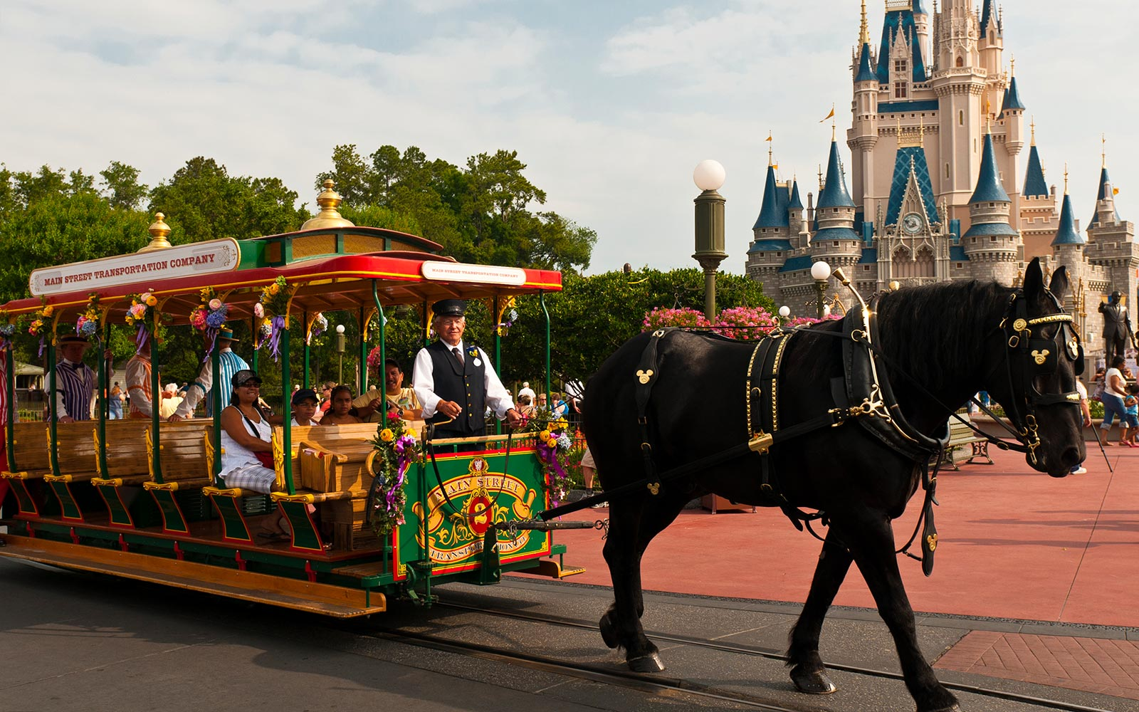Here's How to Save Big on Your Disney World and Disneyland Vacations This Summer