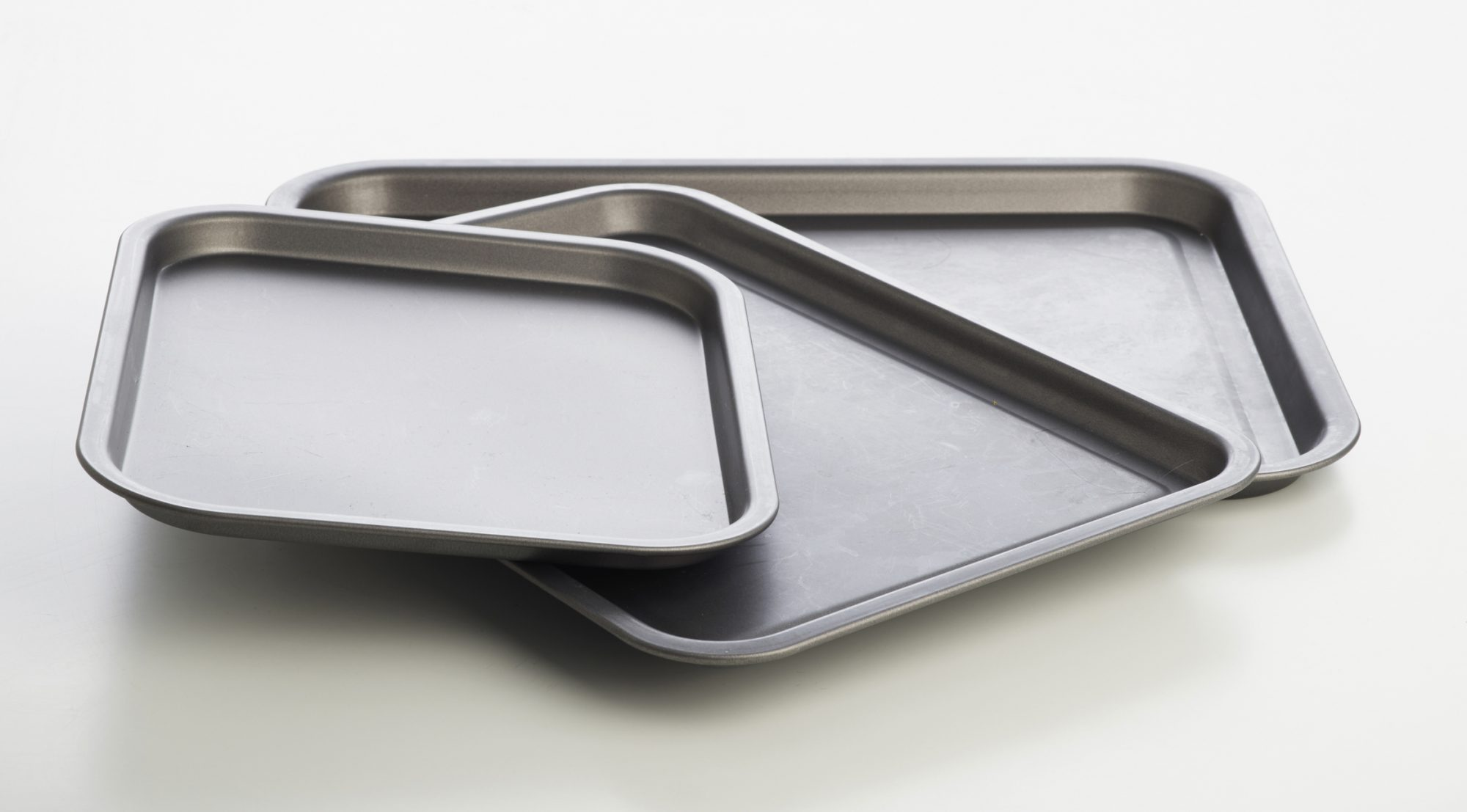 Why Quarter Sheet Pans Deserve A Place in Your Kitchen