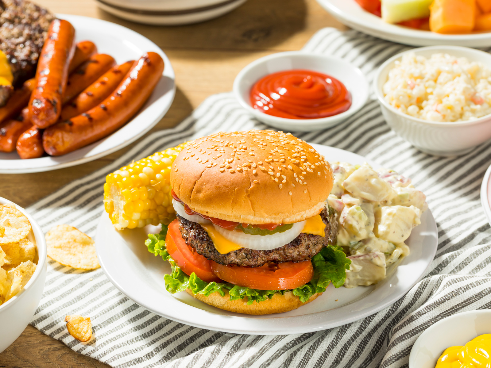 2019 Will Be the Summer of Burger and Beer Alternatives, Says Nielsen