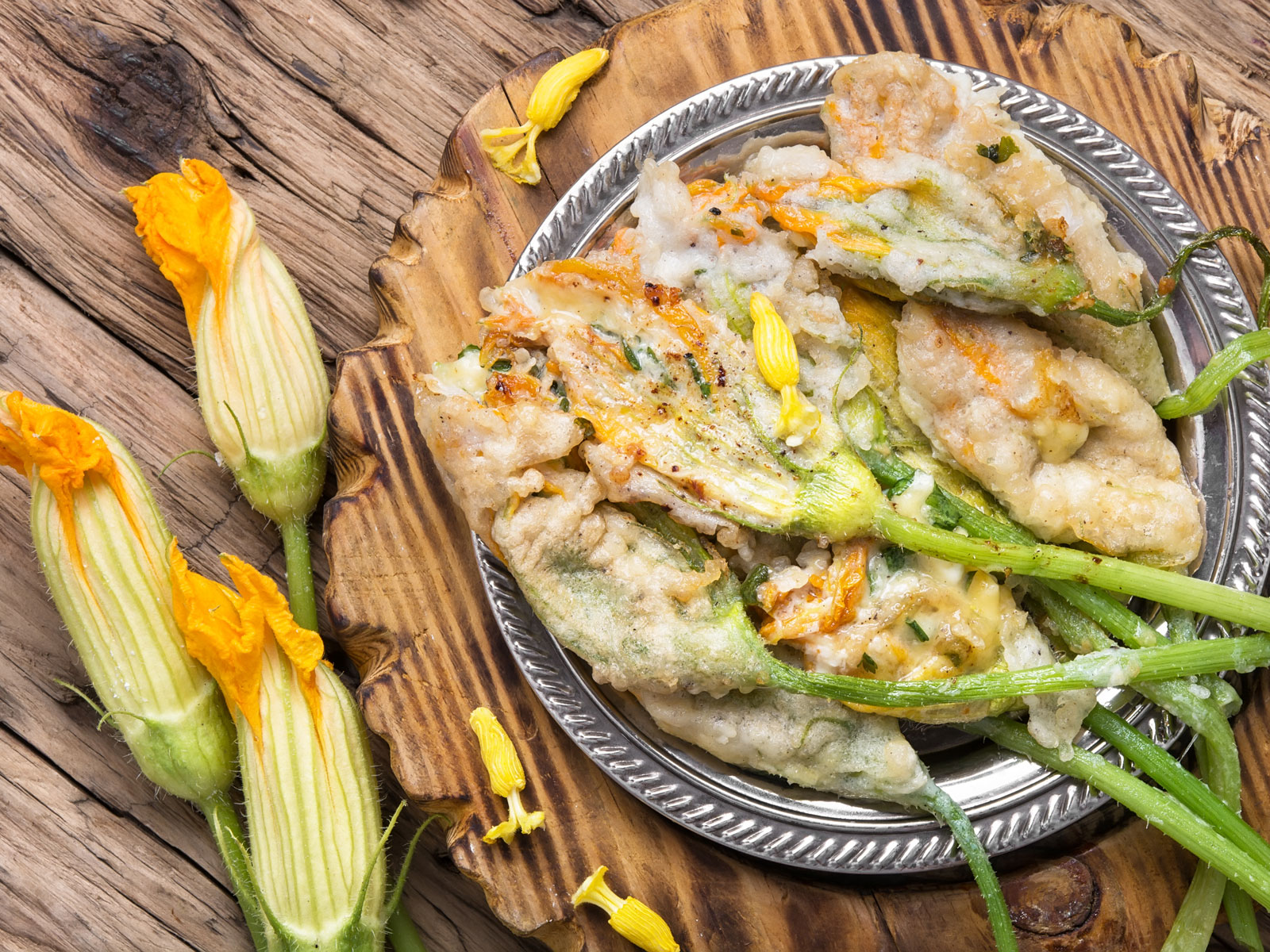 Fried zucchini flowers.