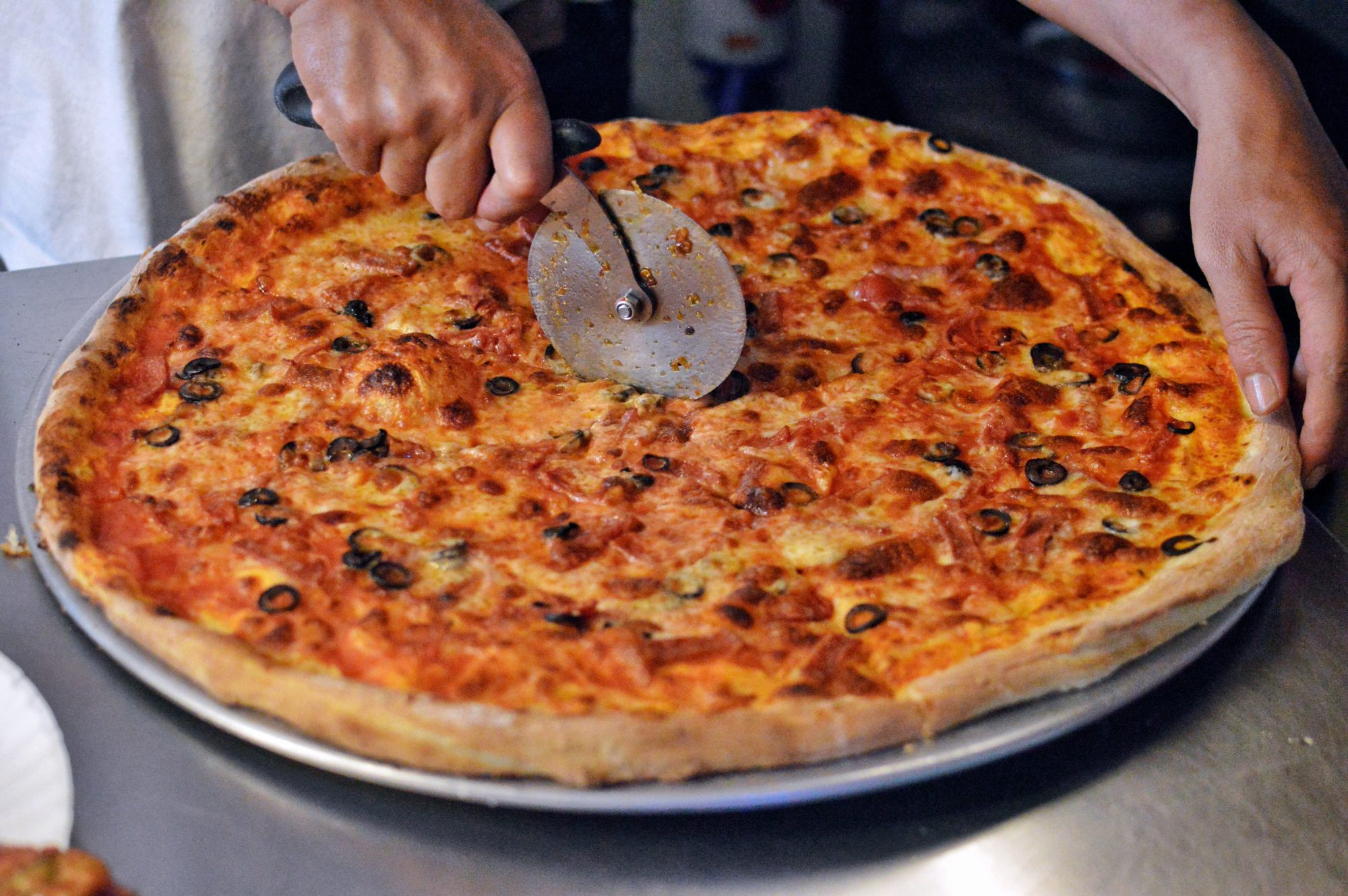 3 Better Ways to Cut Pizza, According to a James Beard Award-Winning Chef