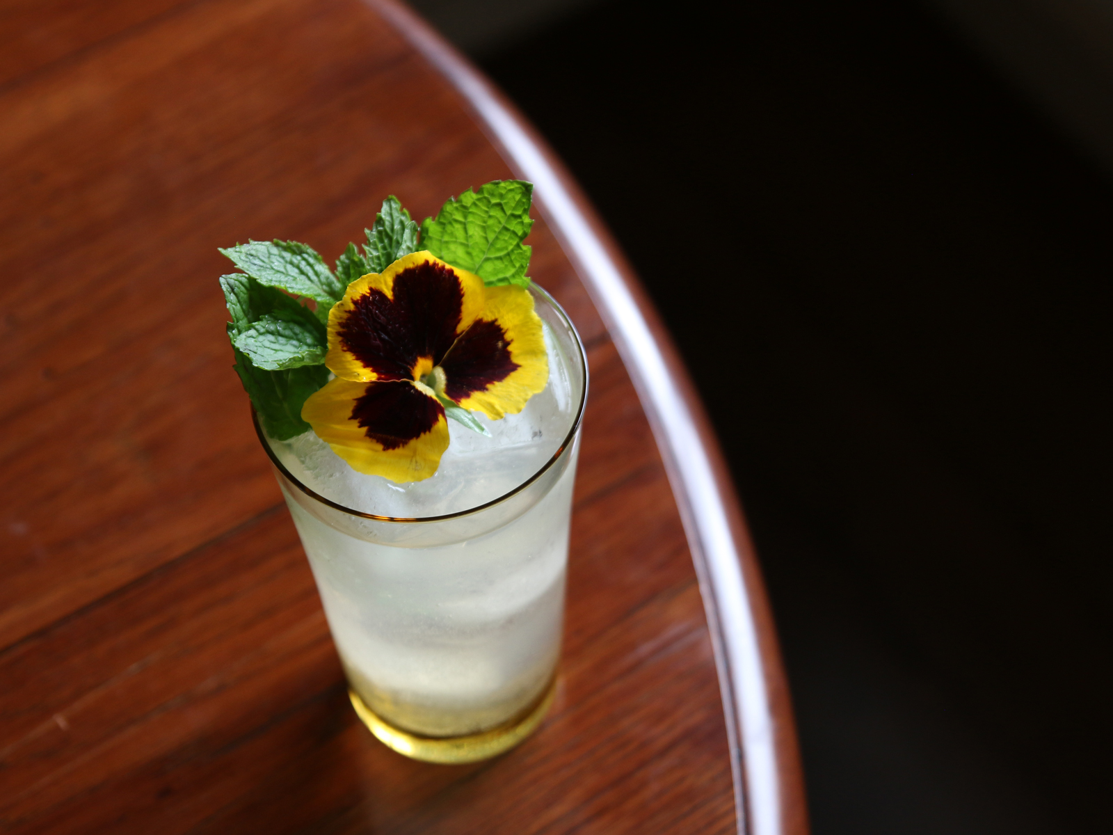 This Italian Lemon-Mint Soda Is Our New Go-To Mixer