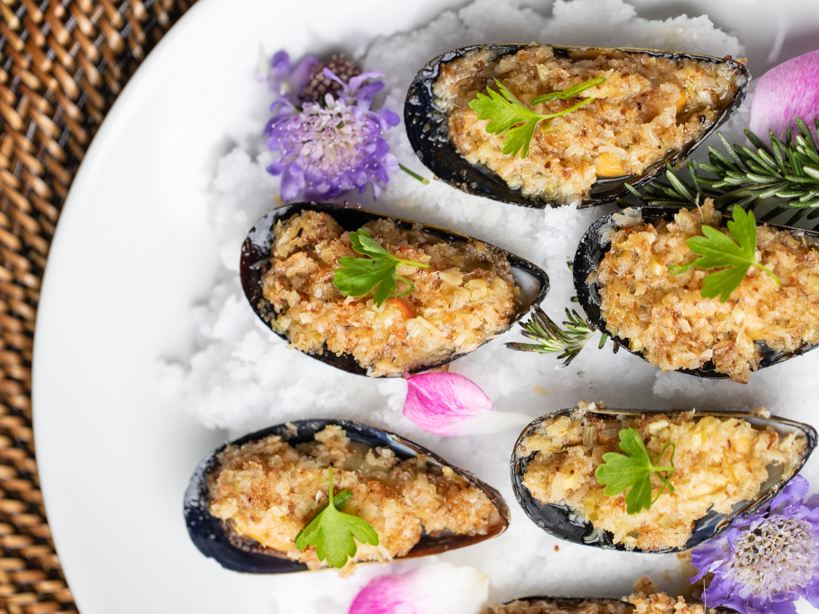 Ma'am sir baked mussels