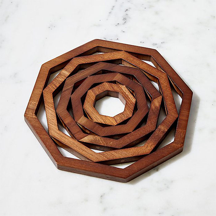 13 Great Trivets For Countertops and Tables