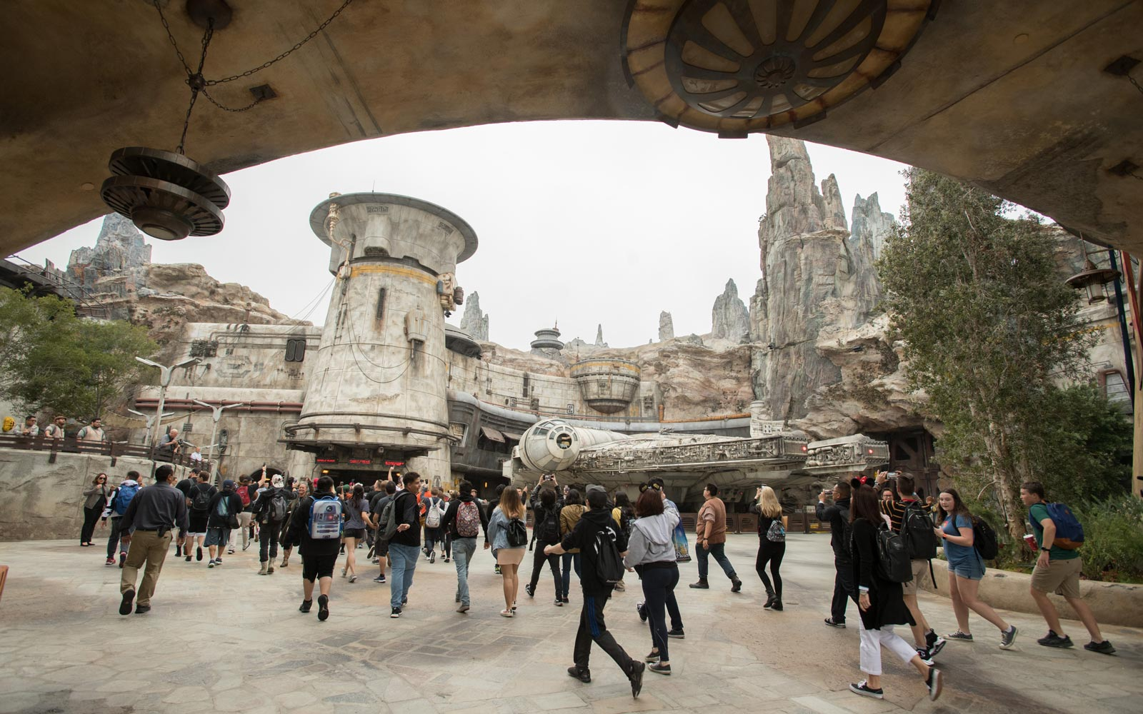 15 Tips for Star Wars: Galaxy's Edge You'll Want to Know Before You Go