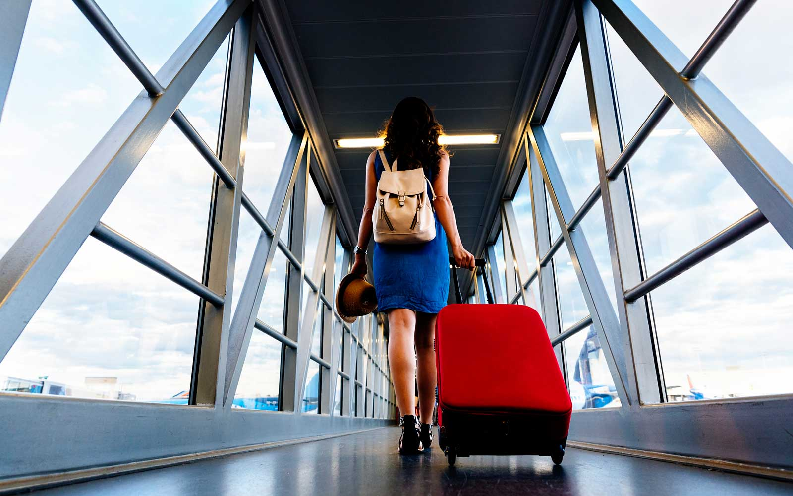 25 Things You Absolutely Must Do Before You Board a Plane, According to a Frequent Flier