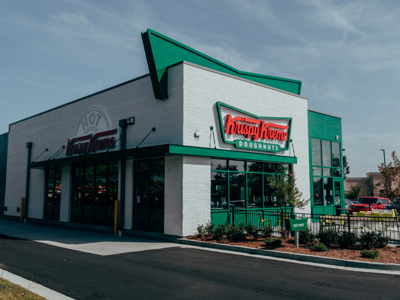 krispy-kreme-redesign-ext-FT-BLOG0719.jpg