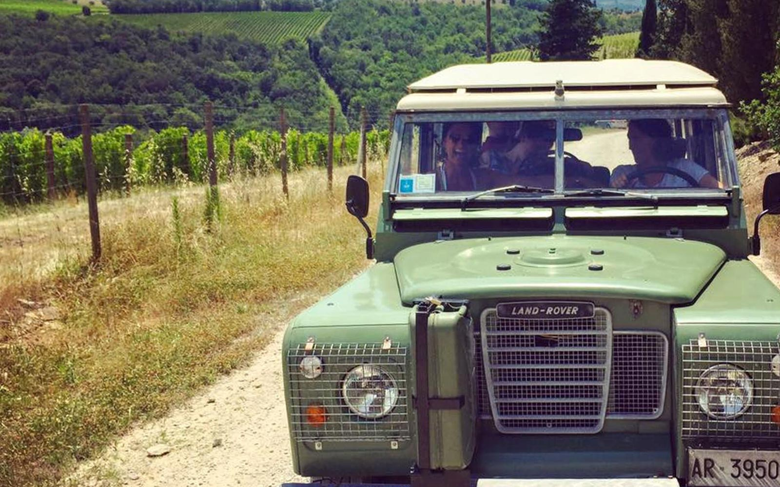 This Boozy Jeep Tour Through Tuscany Includes 15 Wine Tastings and Lunch