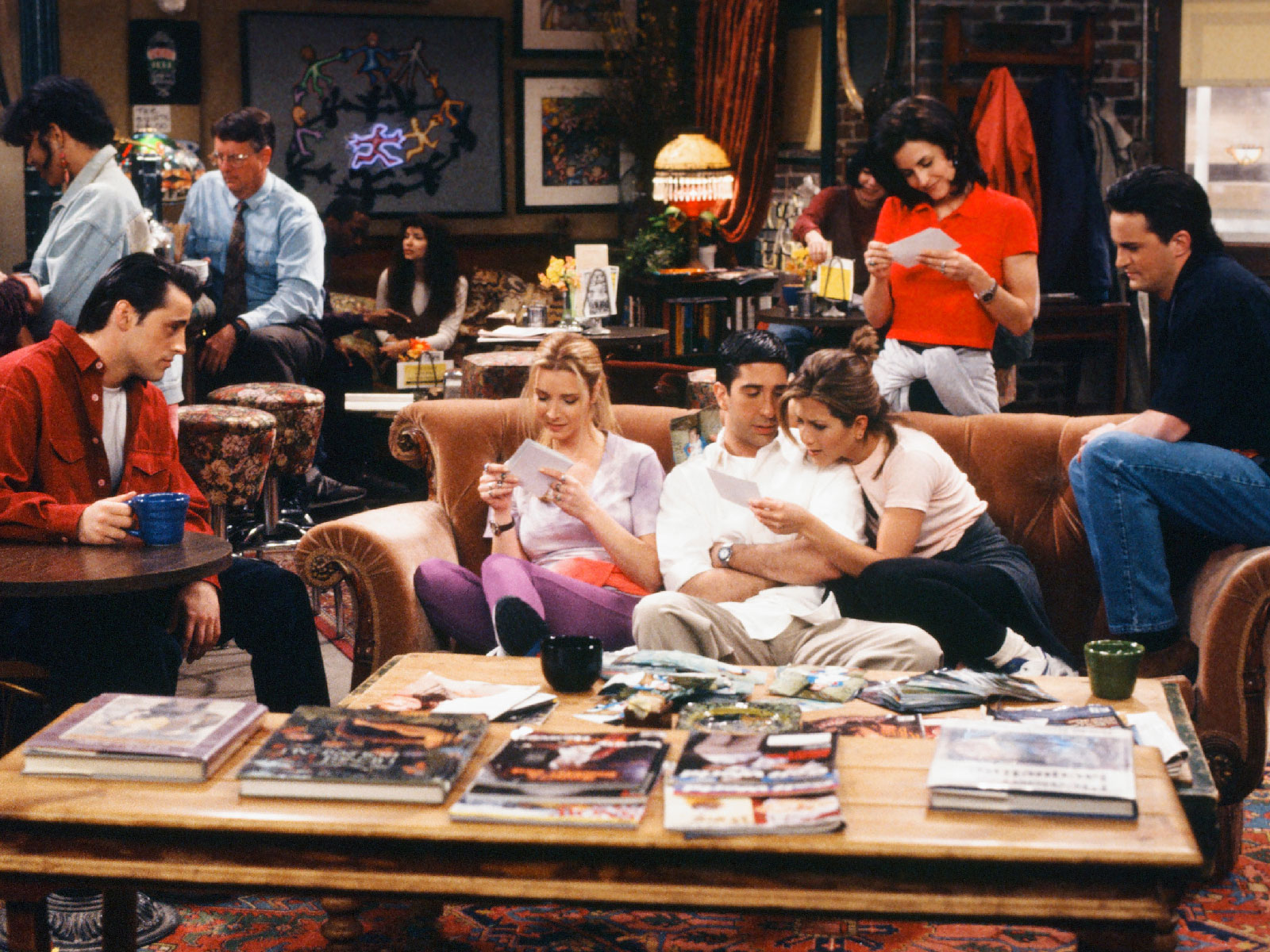 Central Perk Pops Up in New York and Los Angeles for 'Friends' 25th Anniversary