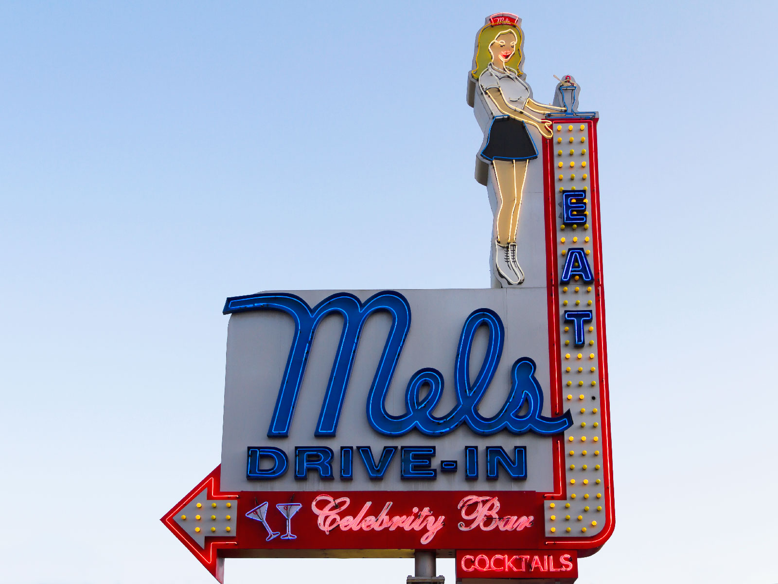 Los Angeles Restaurants Celebrate 'Maisel Day' with 1950s Prices