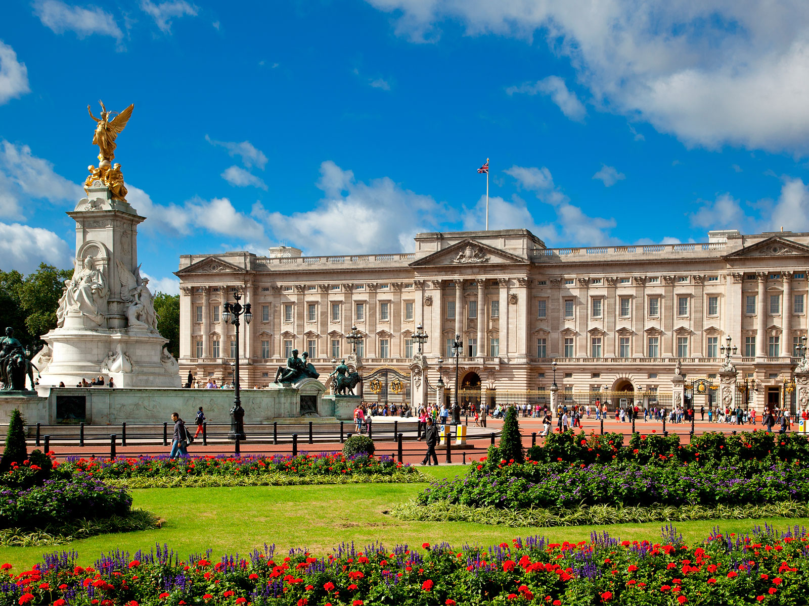 Buckingham Palace Once Had an On-Site Bar, But Royal Staffers Couldn't Behave Themselves