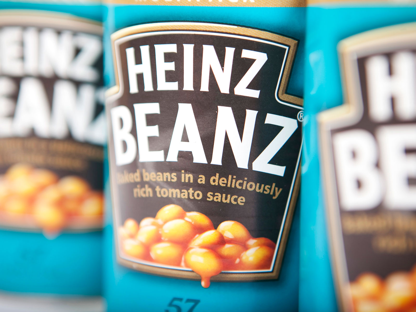 British Man Finds One Sad, Solitary Baked Bean in Heinz Can
