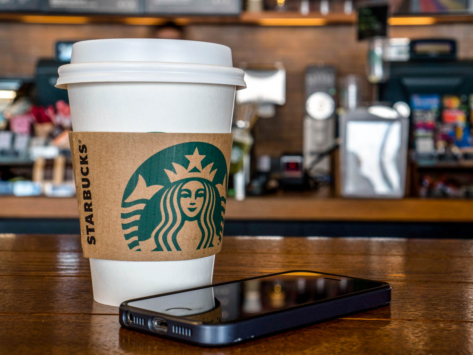 New 'Starbucks Pickup' Concept Will be Devoted to Mobile Orders