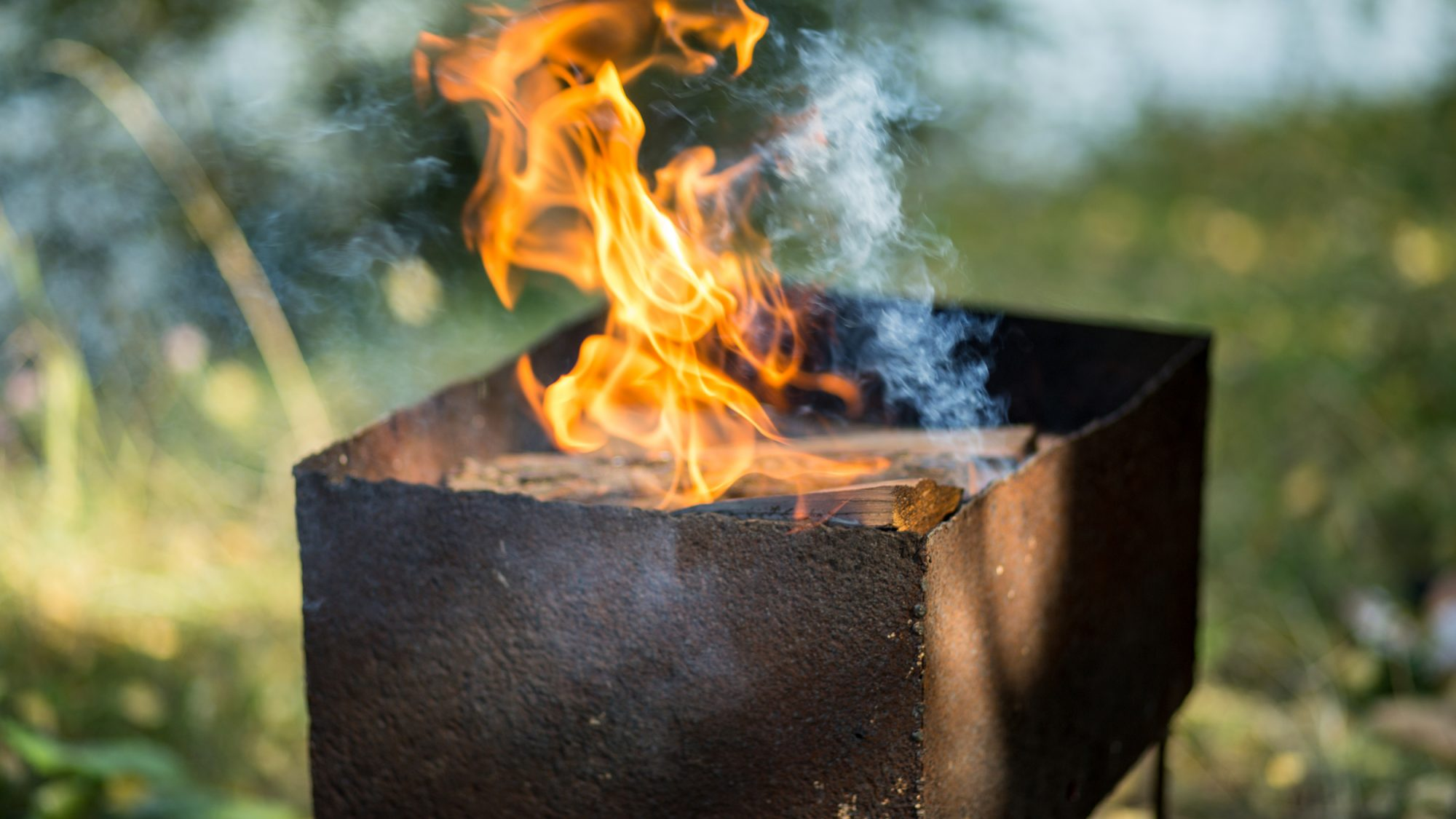 How to Wood-Fire Up Your Grill