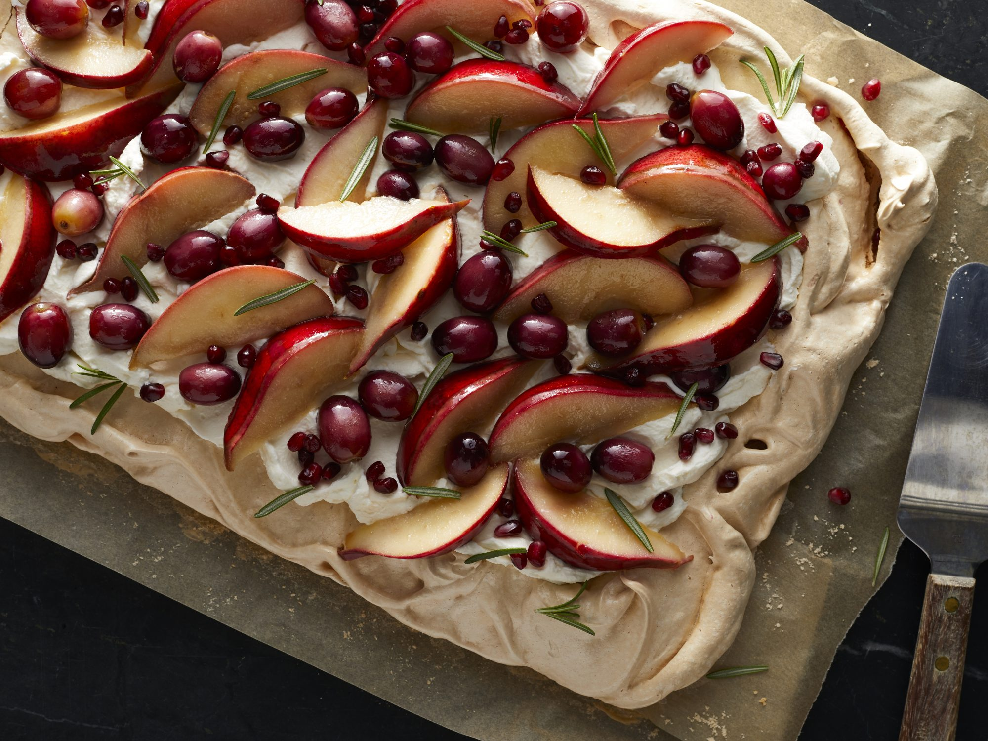 Spiced Pavlova with Roasted Pears and Grapes