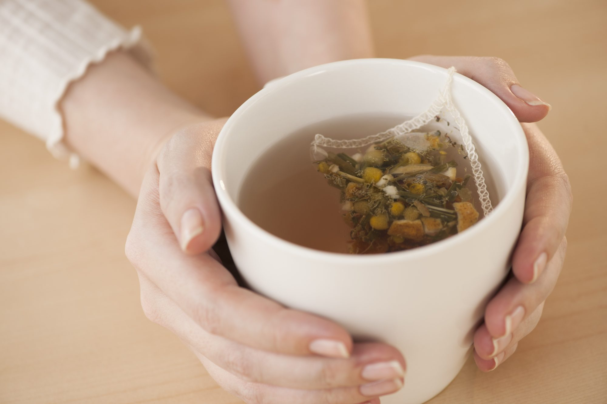 This Is the Best Tea to Drink When You Have a Sore Throat