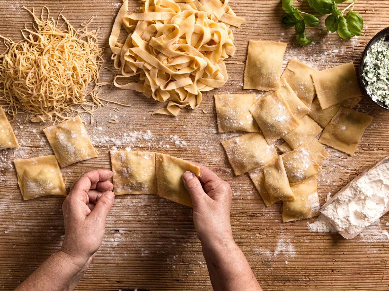 how to sell fresh pasta