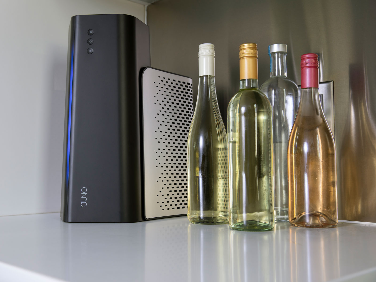 This New Beverage Chiller Can Cool Your Wine in Minutes