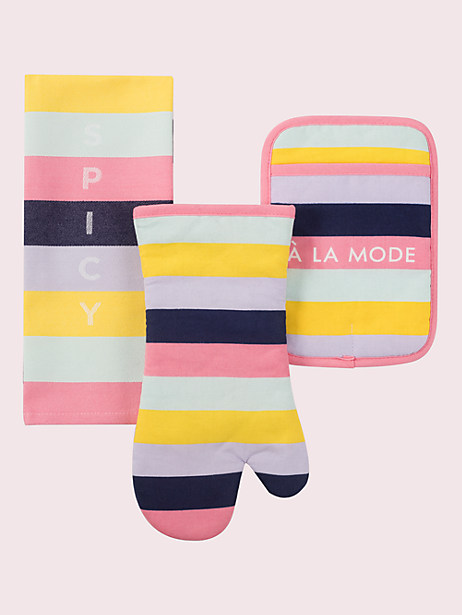 color blocked oven mitts and towel
