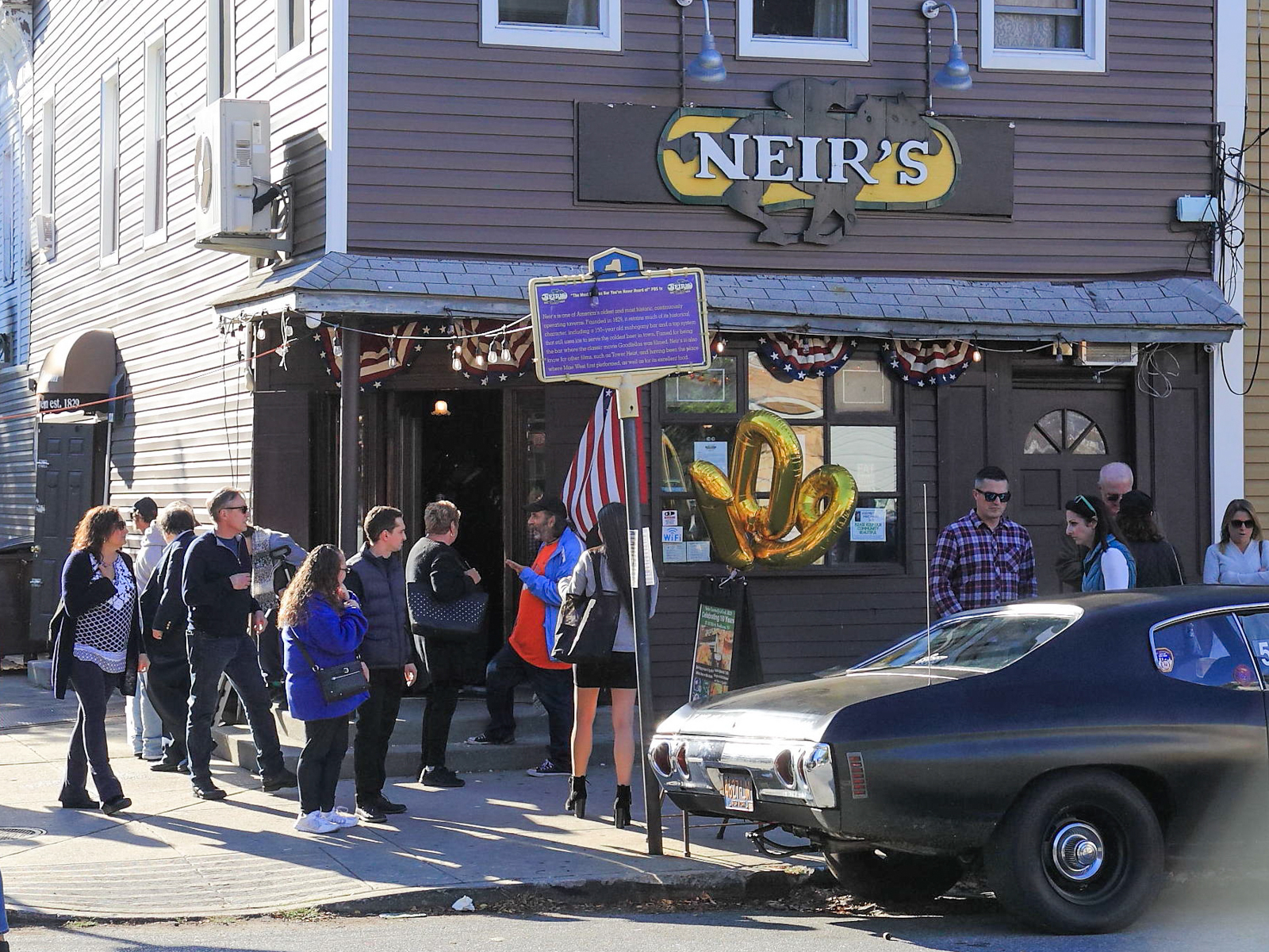 Neir's Tavern 190 Years